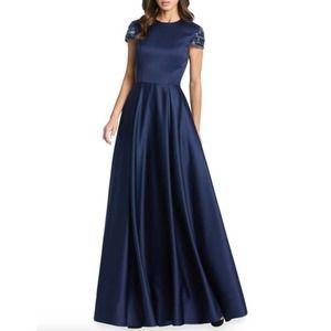 NEW Mac Duggal Beaded Cap Sleeve Satin Gown 10